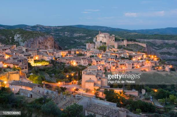 alquézar at night, huesca ,aragón, spain. - huesca stock pictures, royalty-free photos & images