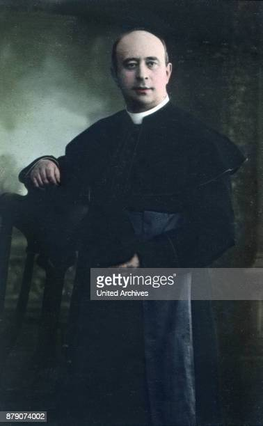 Already upgraded the Board the 50th anniversary of his priestly Praeses who was canon since 1891 at the Cologne metropolitan church be celebrated as...