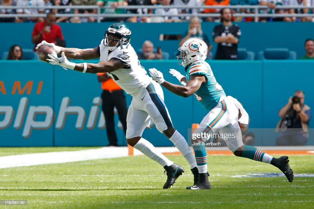 Philadelphia Eagles v Miami Dolphins : News Photo
