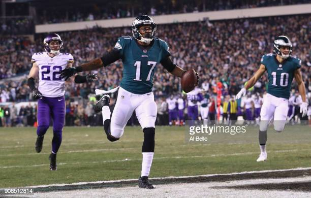 Alshon Jeffery of the Philadelphia Eagles celebrates after scoring a 53 yard touchdown reception during the second quarter against the Minnesota...