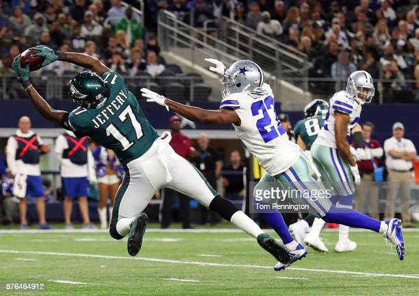 Alshon Jeffery of the Philadelphia Eagles pulls in a touchdown reception against Jourdan Lewis of the Dallas Cowboys in the second half of a football...