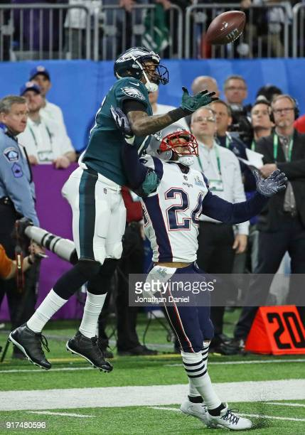 Alshon Jeffery of the Philadelphia Eagles tries to make a catch over Stephon Gilmore of the New England Patriots during Super Bowl Lll at US Bank...