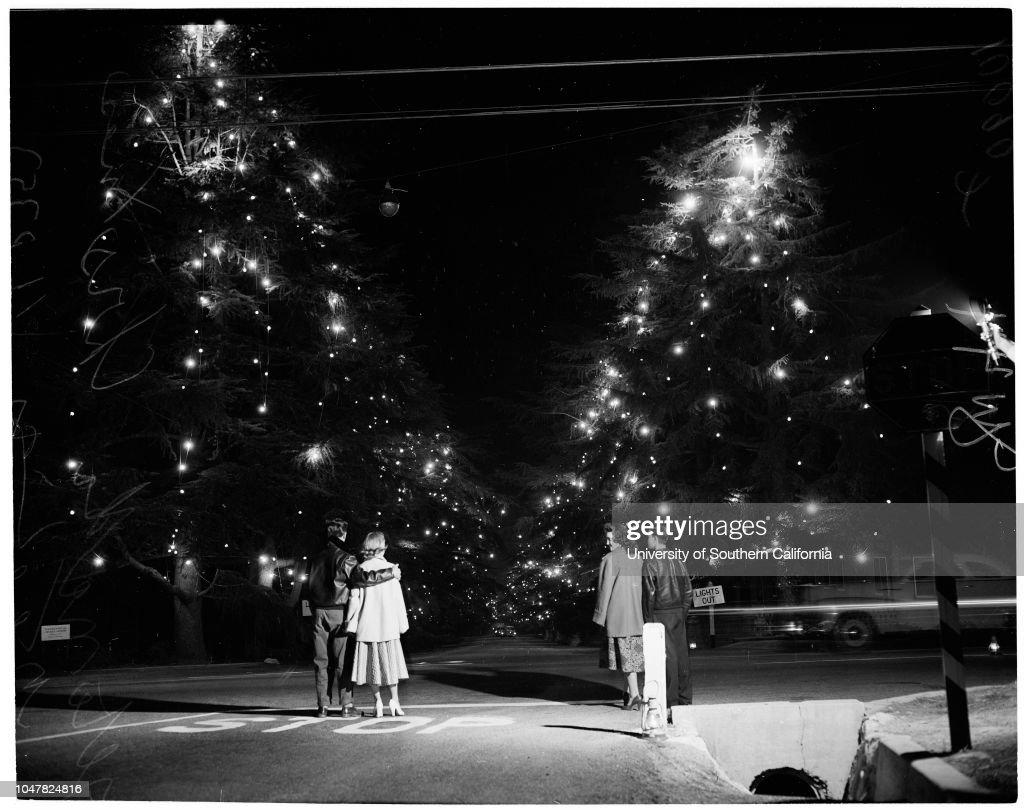 altadena christmas tree lane 1953 news photo