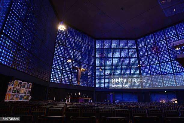 Altar Neue Kirche KaiserWilhelmGedaechtniskirche Breitscheidplatz Charlottenburg Berlin Deutschland / Gedächtniskirche