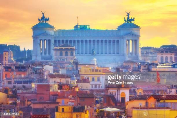 altare della patria (national monument to victor emmanuel ii) in rome, italy - altare della patria stock pictures, royalty-free photos & images