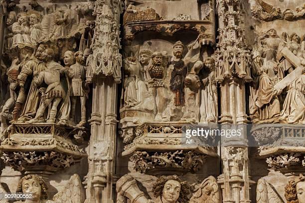 altarpiece of the basilica of santa maria in castello d'empúries - fiesta de la virgen de la candelaria fotografías e imágenes de stock