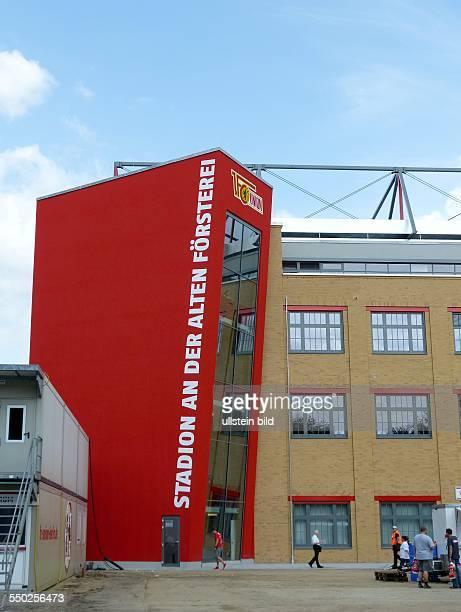 Alte Foersterei - Tag der offenen Tuer im Fussballstadion des 1. FC Union Berlin in Berlin-Koepenick. Blick hinter die Kullissen und Familienfest mit...