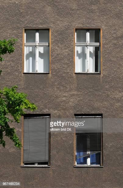 Alte Hausfassade Hauptstrasse Schoeneberg Berlin Deutschland