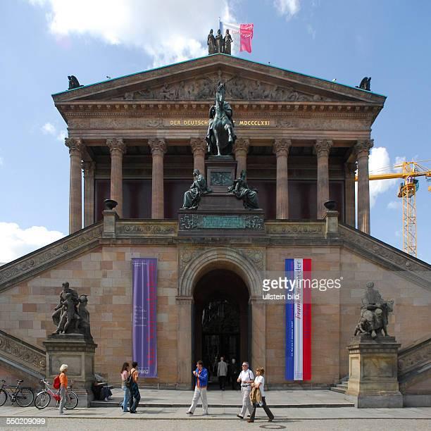 Alte Nationalgalerie auf der Museumsinsel in Berlin