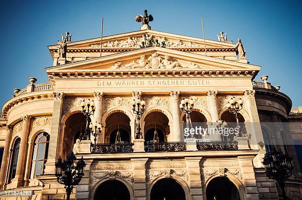 alte oper in frankfurt am main - opernhaus stock-fotos und bilder