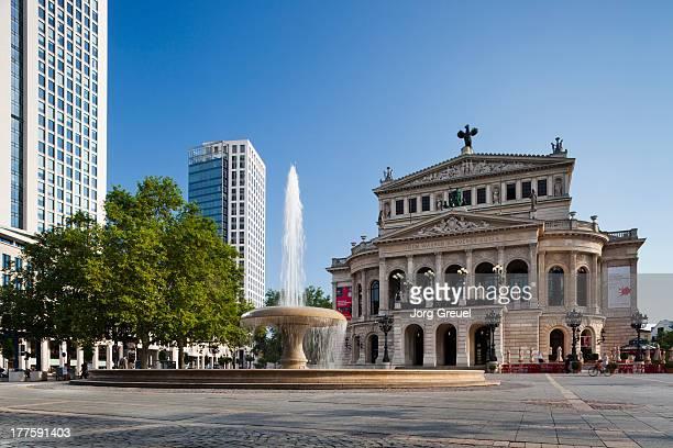 alte oper - frankfurt stock-fotos und bilder