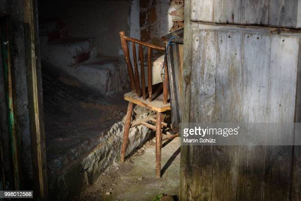 Alter Stuhl am Jakobsweg