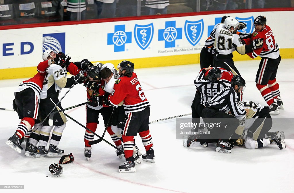 Altercations break out in the third period between the Chicago Blackhawks and the Pittsburgh Penguins at the United Center on January 6, 2016 in Chicago, Illinois. The Blackhawks defeated the Penguins 3-1.