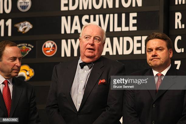 Alternate Governor Bill Torrey and Assistant General Manager Randy Sexton of the Florida Panthers look on during the first round of the 2009 NHL...