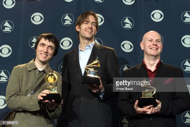 Alternative rock group Radiohead pose with their Grammy Awards backstage at the 43rd Annual Grammy Awards in Los Angeles 21 February 2001 Radiohead...