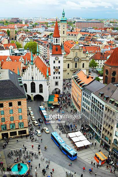 altes rathaus in munich - hanover germany stock pictures, royalty-free photos & images