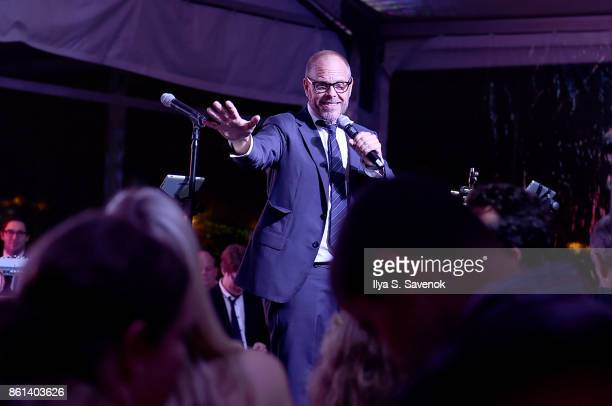 Alton Brown speaks onstage at the Food Network Cooking Channel New York City Wine Food Festival presented by CocaCola Rooftop Iron Chef Showdown...
