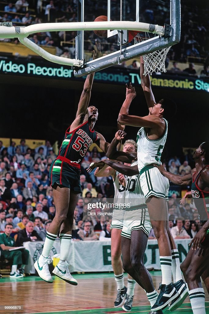 Alton Lister #53 of the Milwaukee Bucks shoots against the Boston Celtics during a game played in 1983 at the Boston Garden in Boston, Massachusetts.