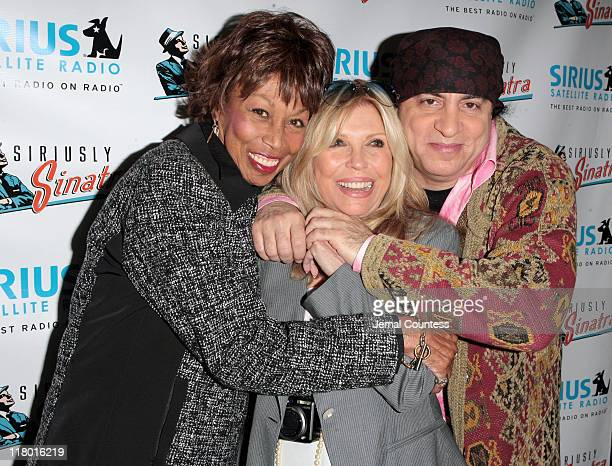 Altovise Davis widow of Sammy Davis Jr with Nancy Sinatra and Steven Van Zandt at the Sirius Radio Press Conference announcing the launch of the...
