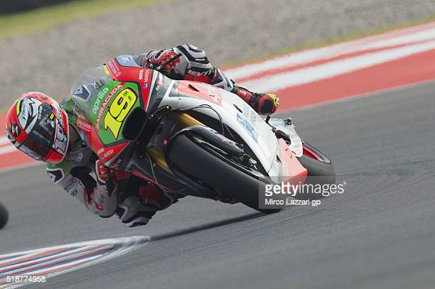 Alvaro Bautista of Spain and Aprilia Racing Team Gresini rounds the bend during the MotoGp of Argentina Qualifying at Termas De Rio Hondo Circuit on...