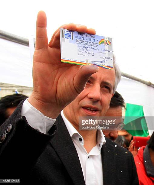 Alvaro Garcia Linera Vice President of the Plurinational State of Boliva sign the credential of the ruling party opening in Bolivia the day of...