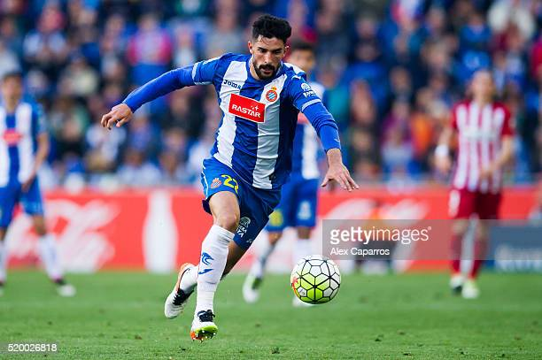 Alvaro Gonzalez of Real CD Espanyol runs with the ball during the La Liga match between Real CD Espanyol and Club Atletico de Madrid at CornellaEl...