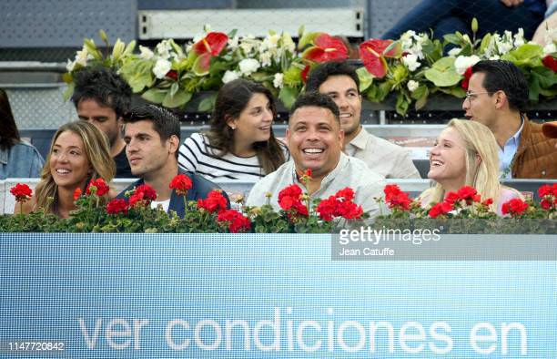 Alvaro Morata and his wife Alice Campello Brazilian Ronaldo and his girlfriend Celina Locks attend the victory of Roger Federer of Switzerland during...