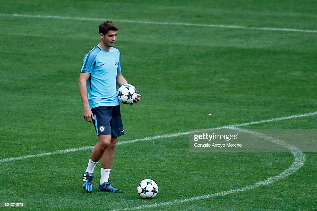 Alvaro Morata of Chelsea FC excercises during a training session ahead of the UEFA Champions League Group C match between Atletico de Madrid and Chelsea FC at Wanda Metropolitano stadium on September 26, 2017 in Madrid, Spain.