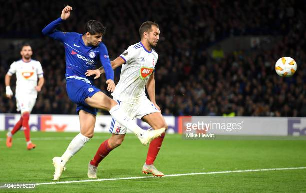 Alvaro Morata of Chelsea scores his team's first goal during the UEFA Europa League Group L match between Chelsea and Vidi FC at Stamford Bridge on...