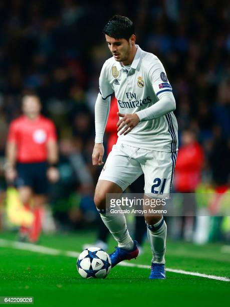 Alvaro Morata of Real Madrid CF controls the ball during the UEFA Champions League Round of 16 first leg match between Real Madrid CF and SSC Napoli...