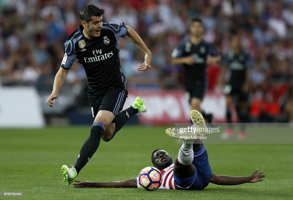 Granada CF v Real Madrid CF - La Liga : Foto di attualità