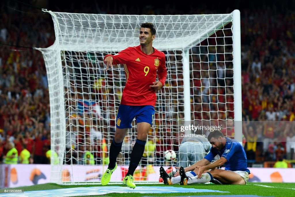 Alvaro Morata of Spain celebrates after scoring his team's third goal during the FIFA 2018 World Cup Qualifier between Spain and Italy at Estadio Santiago Bernabeu on September 2, 2017 in Madrid, Spain.