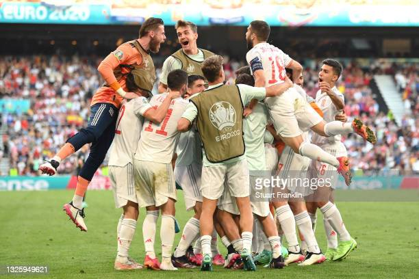 Alvaro Morata of Spain celebrates with team mates after scoring their side's fourth goal during the UEFA Euro 2020 Championship Round of 16 match...