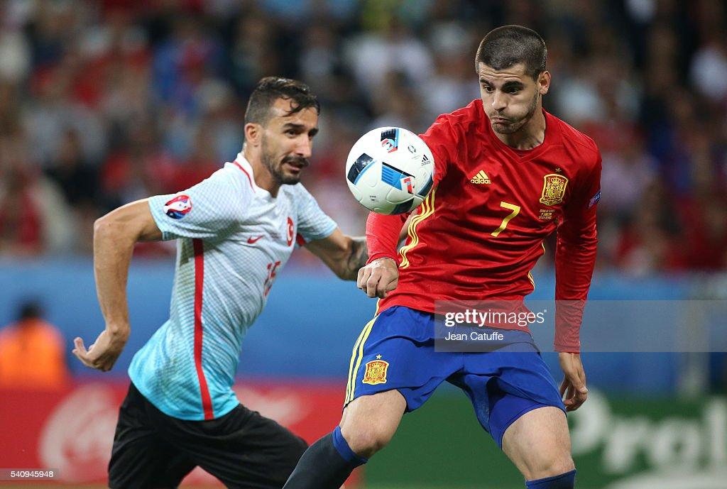 Spain v Turkey - Group D: UEFA Euro 2016 : ニュース写真