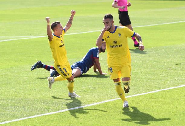 ESP: SD Huesca v Cadiz CF - La Liga Santander