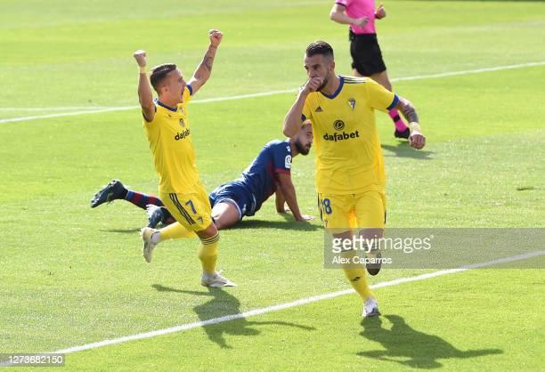 Alvaro Negredo of Cadiz CF celebrates after scoring his team's first goal during the La Liga Santander match between SD Huesca and Cadiz CF at...