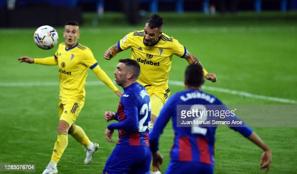 Alvaro Negredo of Cadiz CF scores his team's first goal during the La Liga Santander match between SD Eibar and Cadiz CF at Estadio Municipal de...
