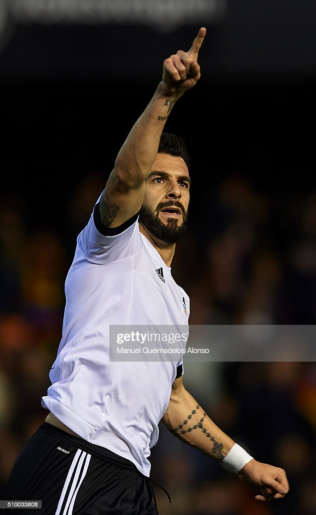 Alvaro Negredo of Valencia celebrates scoring his team's first goal during the La Liga match between Valencia CF and RCD Espanyol at Estadi de Mestalla on February 13, 2016 in Valencia, Spain.