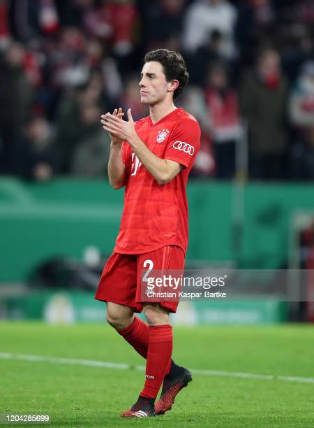 Alvaro Odriozola of FC Bayern Munich of applauds fans after during the DFB Cup round of sixteen match between FC Bayern Muenchen and TSG 1899...