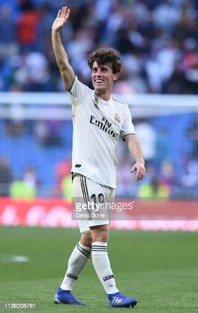 Alvaro Odriozola of Real Madrid acknowledges the fans following the La Liga match between Real Madrid CF and RC Celta de Vigo at Estadio Santiago...