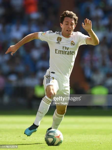 Alvaro Odriozola of Real Madrid controls the ball during the Liga match between ReGranadaal Madrid CF and Granada CF at Estadio Santiago Bernabeu on...
