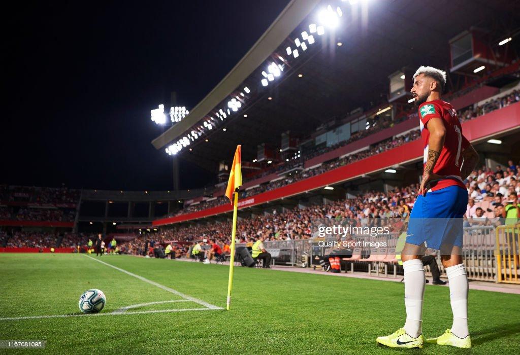 Granada v Sevilla - Pre-Season Friendly : ニュース写真