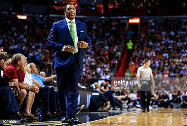 Alvin Gentry of the New Orleans Pelicans looks on during the first half of the game against the Miami Heat at American Airlines Arena on December 25...