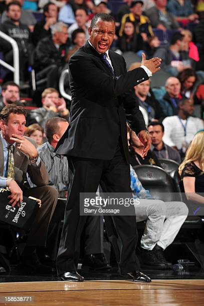 Alvin Gentry of the Phoenix Suns yells at his team from the bench during the game against the Sacramento Kings on December 17 2012 at US Airways...