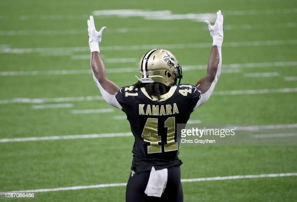 Alvin Kamara of the New Orleans Saints celebrates his 3 yard touchdown run in the second quarter against the Atlanta Falcons at Mercedes-Benz...