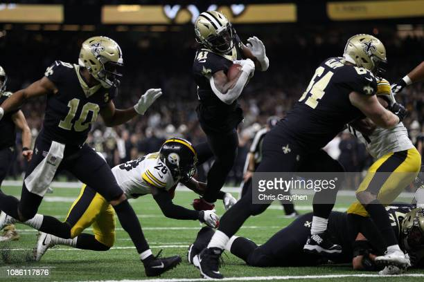 Alvin Kamara of the New Orleans Saints scores a touchdown during the second half against the Pittsburg Steelers at the MercedesBenz Superdome on...