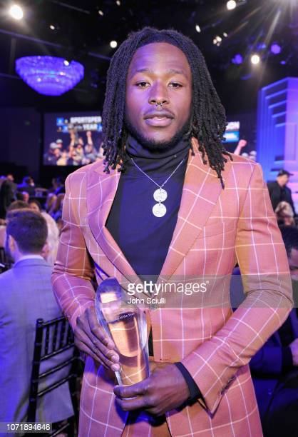 """Alvin Kamara poses with the """"Breakout of the Year"""" award during Sports Illustrated 2018 Sportsperson of the Year Awards Show on Tuesday, December 11,..."""