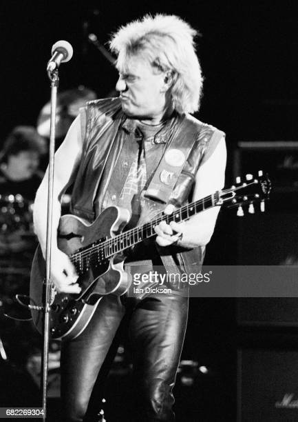 Alvin Lee of Ten Years After performing on stage at Hammersmith Odeon London 27 January 1990