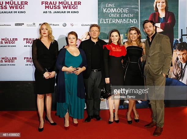 Alwara Hoefels Gabriela Maria Schmeide Justus von Dohnanyi Mina Tander Anke Engelke and Ken Duken attend the premiere of the film 'Frau Mueller muss...