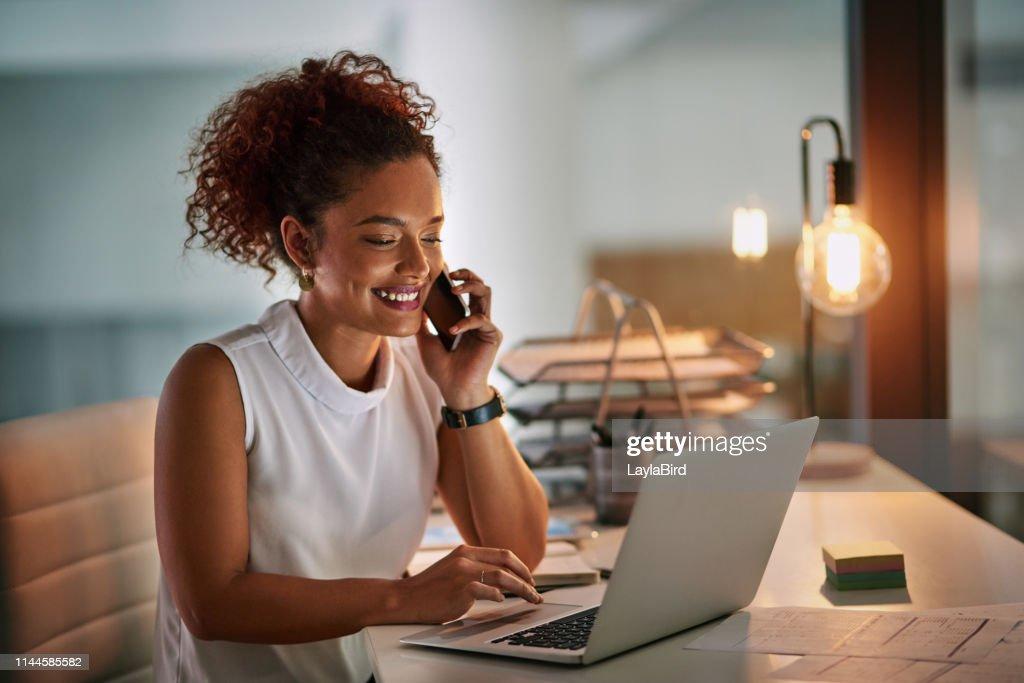 Esteja sempre pronto quando o negócio vem chamando : Foto de stock
